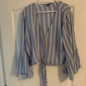 American Eagle (XL) crop tie shirt